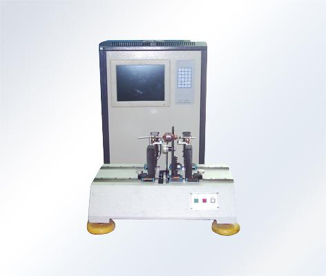 自动定位平衡机